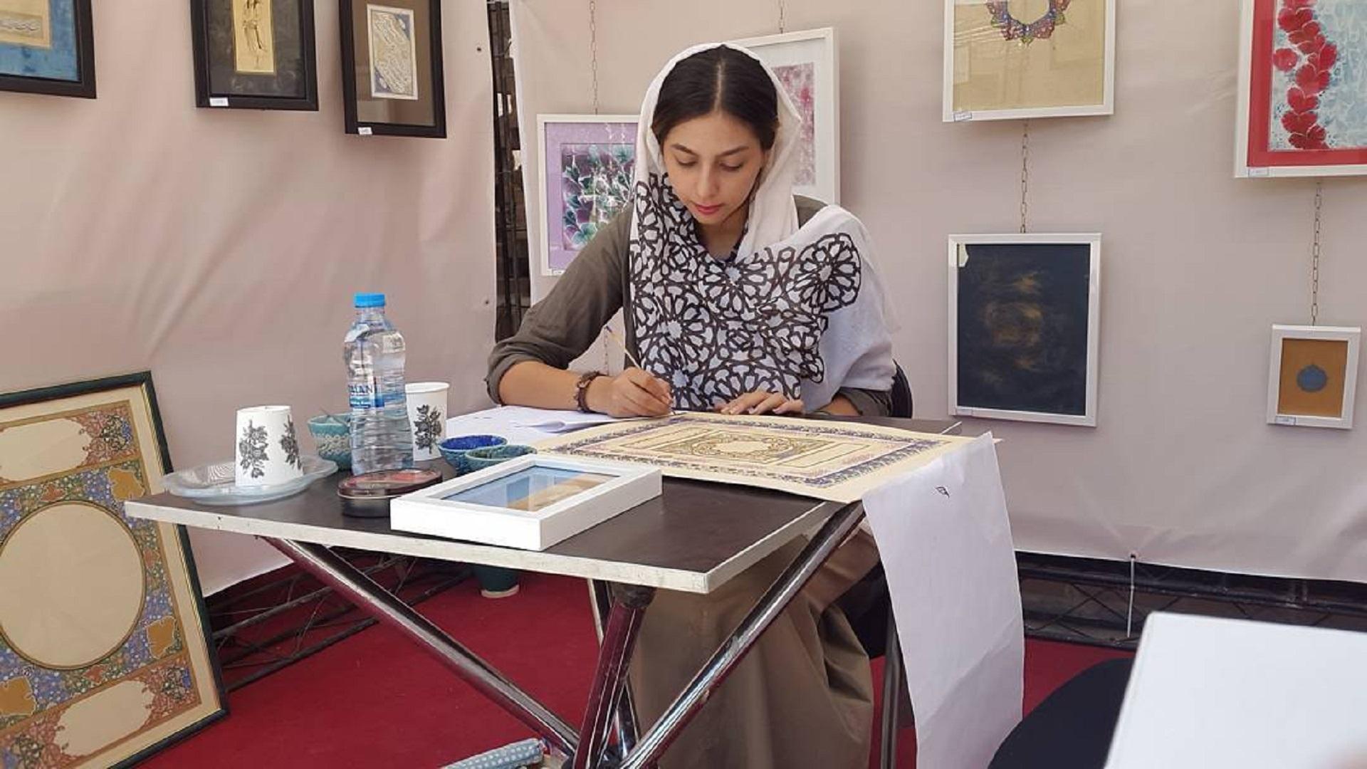 آموزش تذهیب در موسسه فرهنگی هنری آوای جاوید